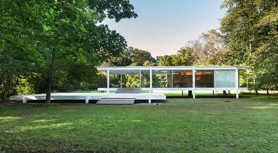 Farnsworth House, Ludwig Mies van der Rohe, Plano, Illinois, USA, Opened 1951.